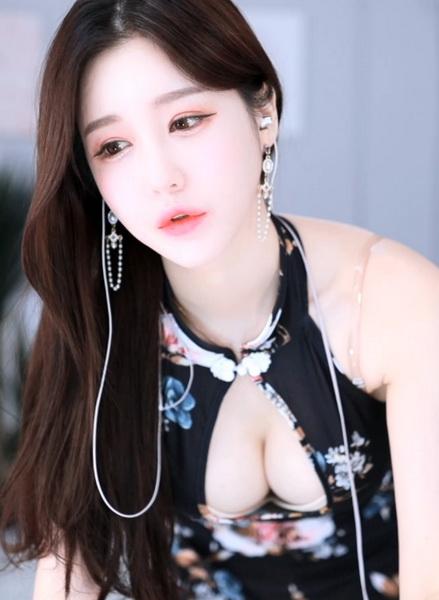 1001快喵成年短视频APP下载